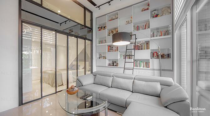 〔挑高夾層設計〕消除夾層感 全採光的挑高玻璃屋